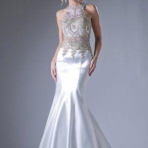 Halter Neckline Long Wedding Dress CD8934